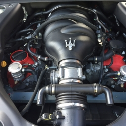 Maserati  Granturismo S MC Shift